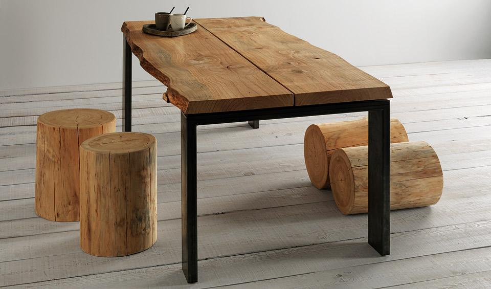 Arredamento : Tavoli in legno massiccio